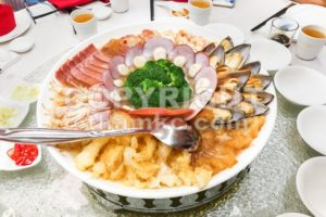 Chinese platter with prawn, scallop, mussels, ham, fish maw, broccoli - ThamKC Royalty-Free Photos