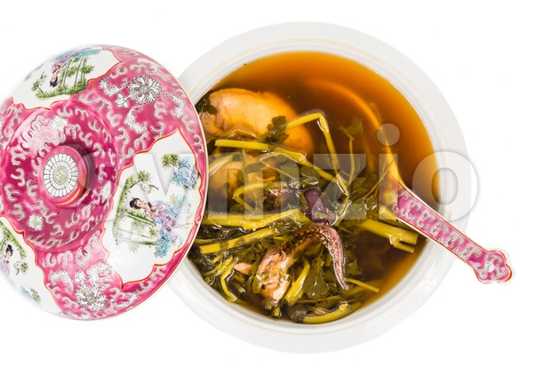 Casserole of refreshing Chinese watercress soup isolated in white Image ID:284090516