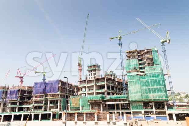 Construction of large complex with multiple tower crane on site