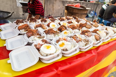 Street food bazaar in Malaysia for iftar during Ramadan fasting Stock Photo