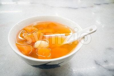 Traditional Chinese sweet dessert of sweet potatoes with ginkgo ginger Stock Photo